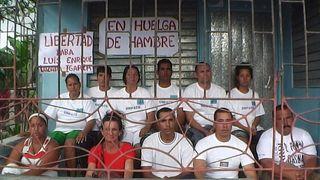 Huelga-de-hambre-santiago1